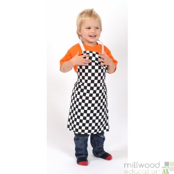 Childrens Aprons B&W Check