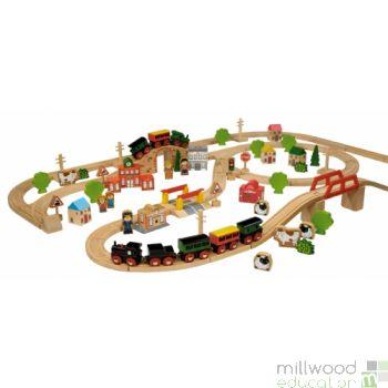 100-Piece Train Set