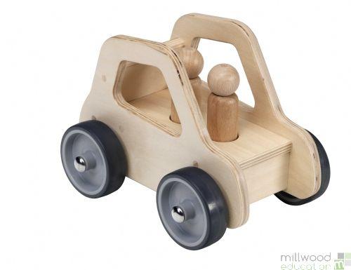 Giant Vehicle - Car