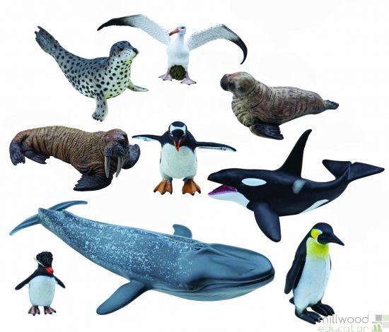 Plastic Polar Animal Set