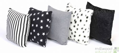 Cushions Black and White