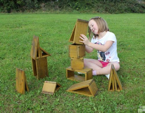 Outdoor Hollow Blocks (Natural)