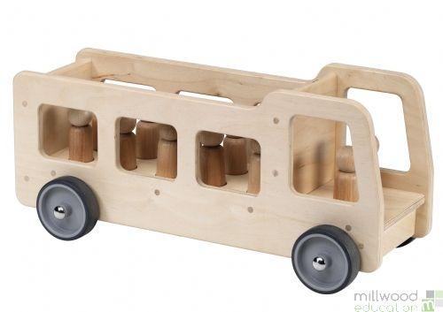 Giant Vehicle (Bus)